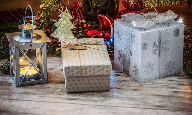 Weihnachtsmakrt-Arrangement